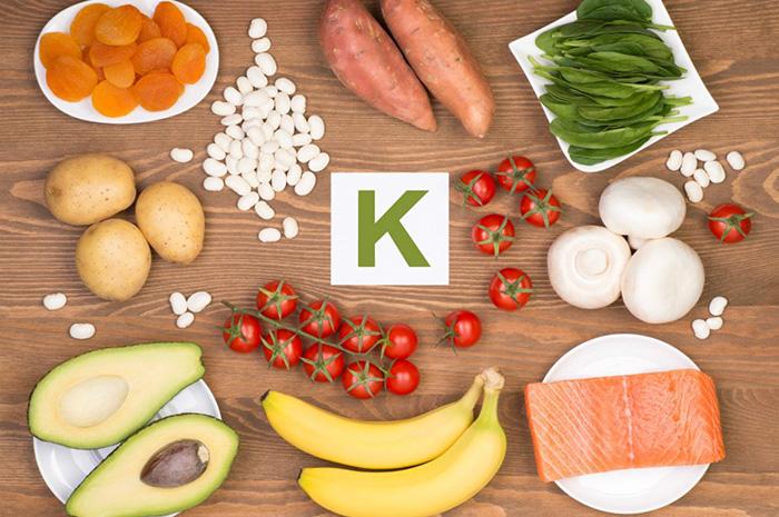 в каких продуктах витамин K