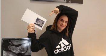 Женщина беременна 22 ребенком